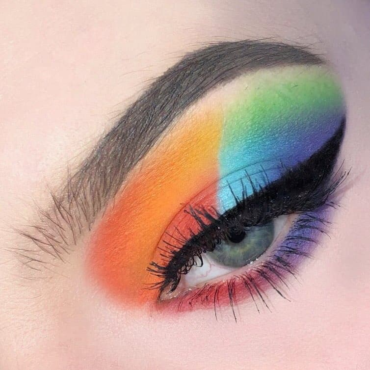 Eyeshadow-palettes-2019-Fascinating-and-trendy-ideas-for-eye-makeup