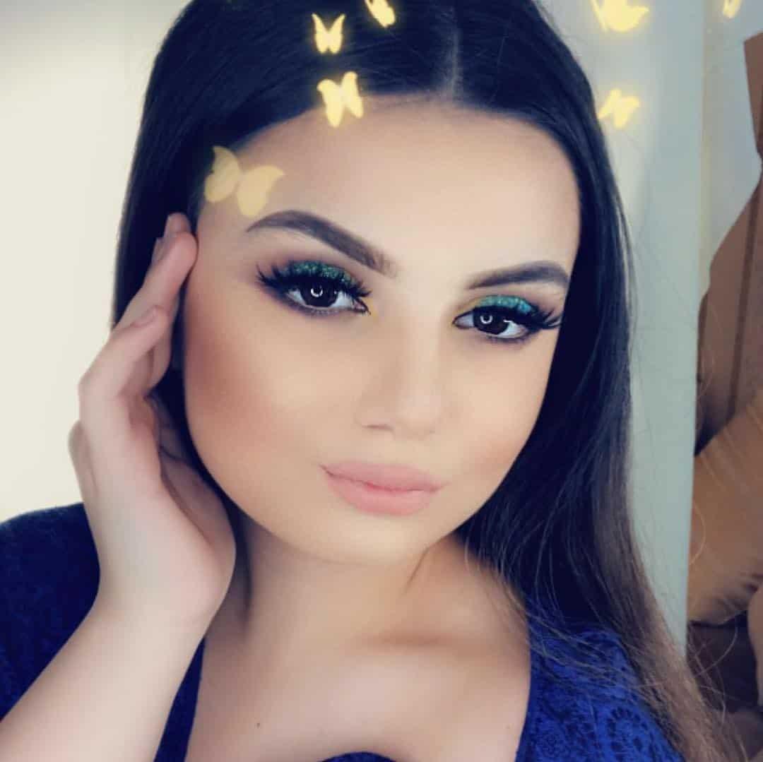 Lipstick-trends-2019-Impressive-and-extra-ordinary-latest-lipstick-trends-2019