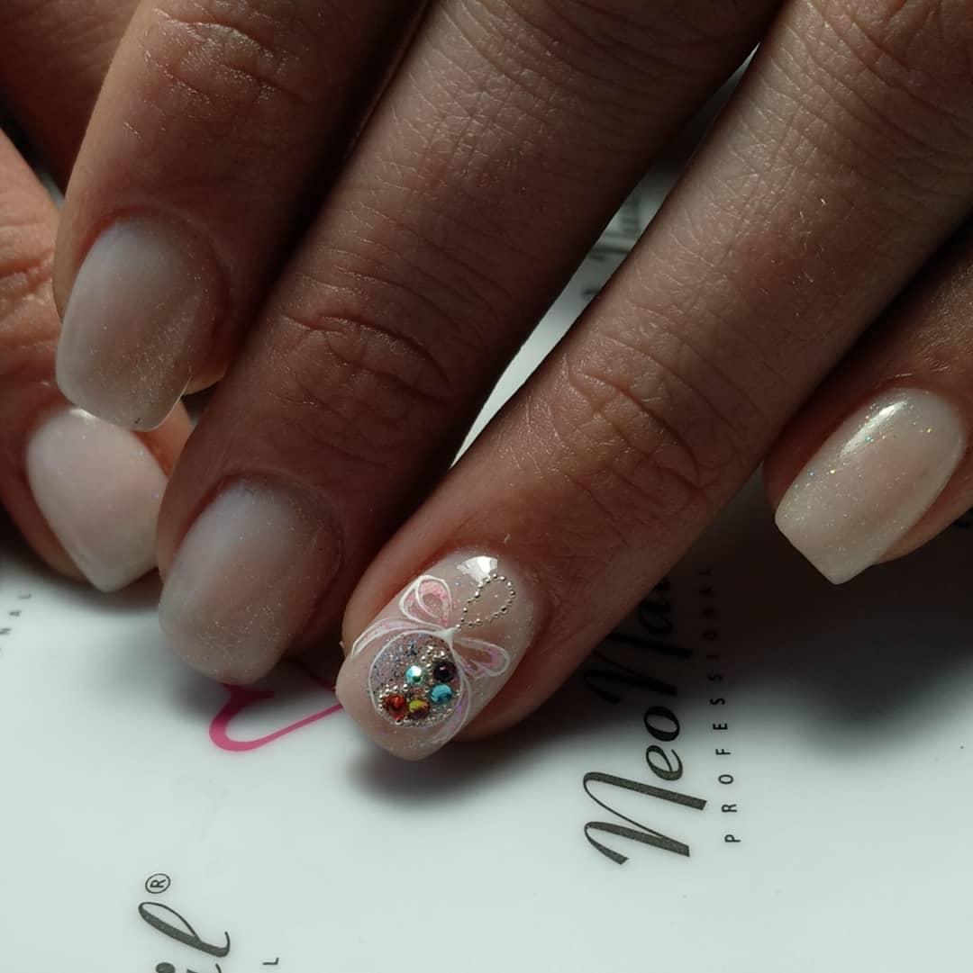 Fingernail-designs-2020-Top-fantastic-and-elegant-manicure-designs-2020