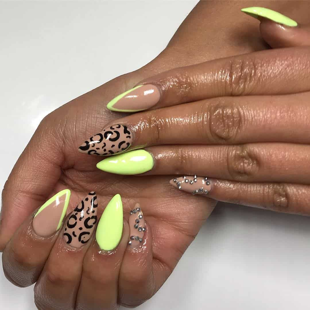 Nail-design-2019-Fashionable-and-attractive-nail-design-ideas-2019