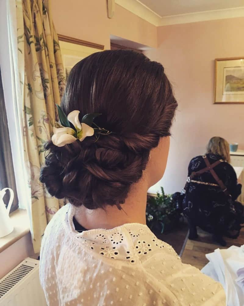 Wedding-hairstyles-2019-stylish-trends-and-ideas-for-wedding-hairstyles