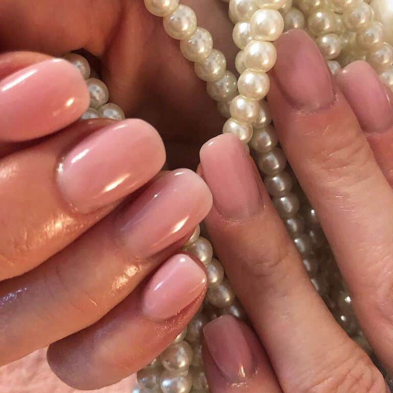 Soft pink: The best nail polish colors 2021