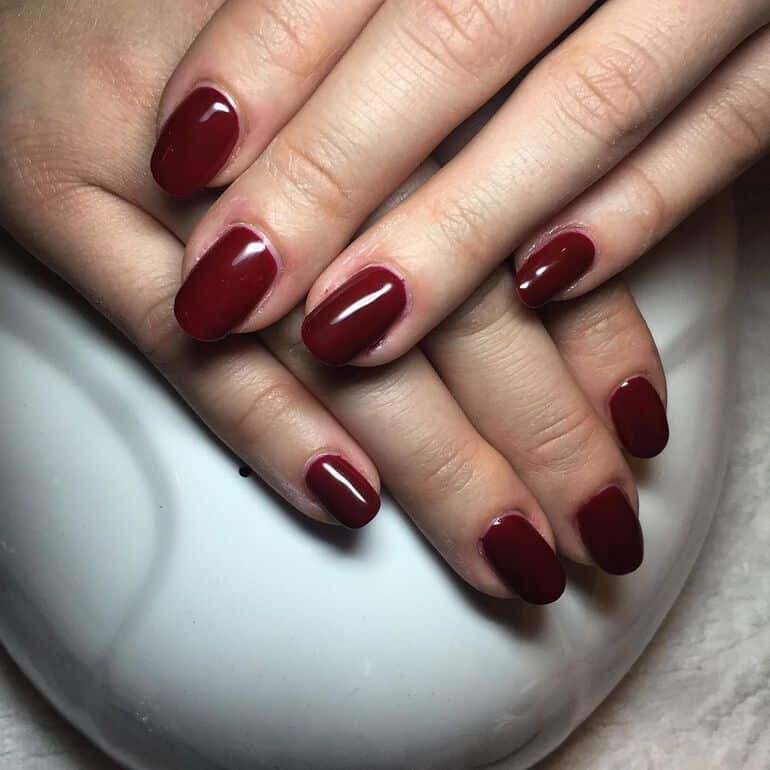 Bordeaux 2020 nail color trends