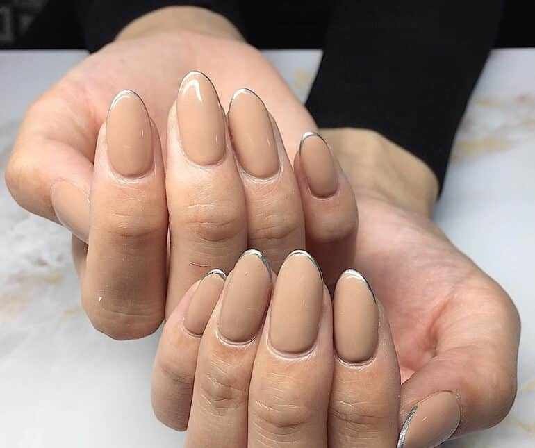 2020 nail color trends: Beige