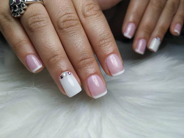 trending-nail-polish-colors-2021